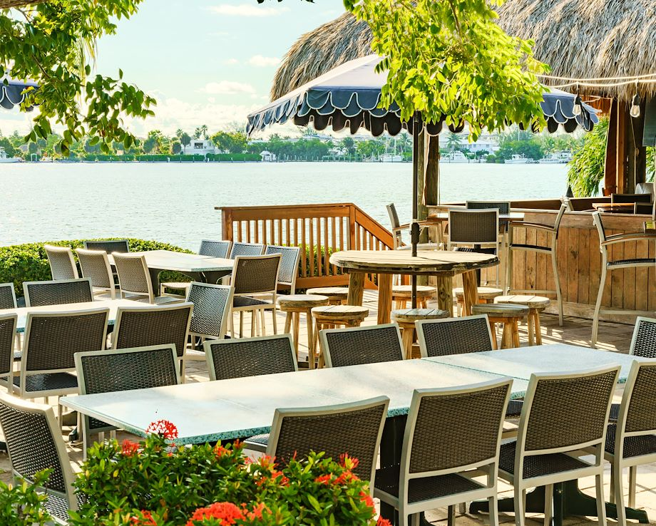 Sparky's Landing Waterfront Outdoor Dining Area