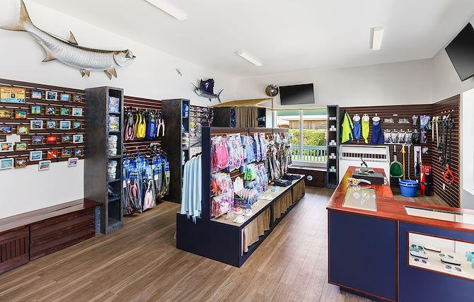 Marina Market/Gift Shop
