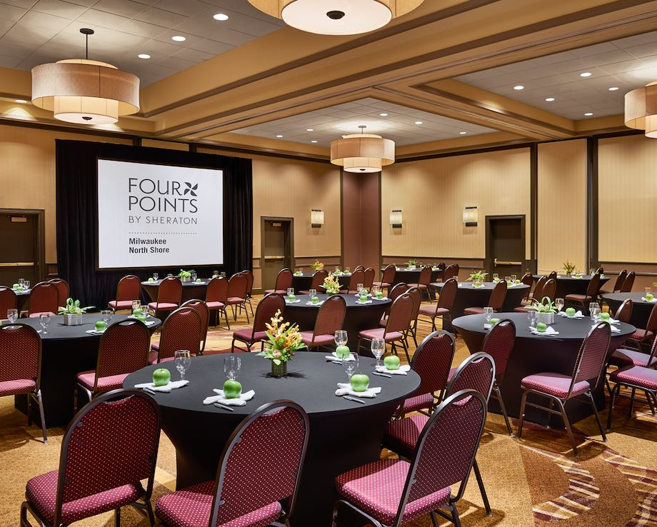 Meeting Space Four Points by Sheraton Milwaukee North Shore