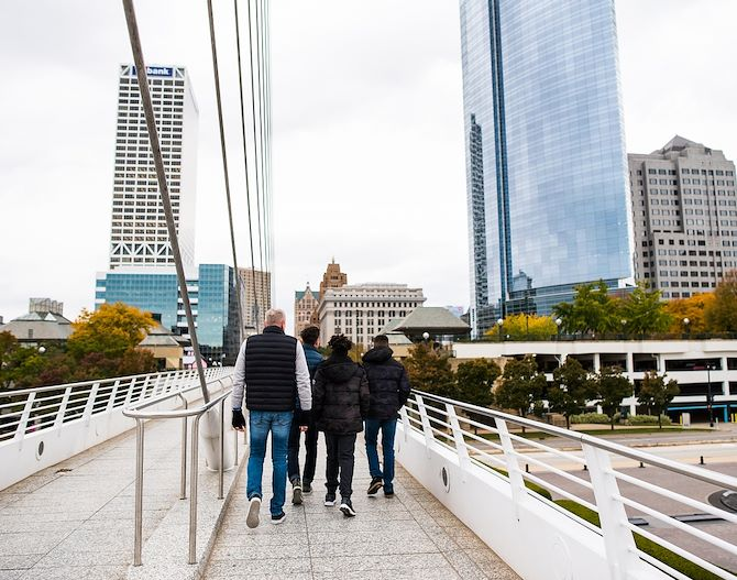 Local Attractions downtown Milwaukee & Milwaukee North Shore