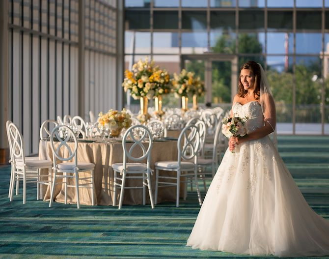 Bride in RIverView Ballroom at Gaylord National