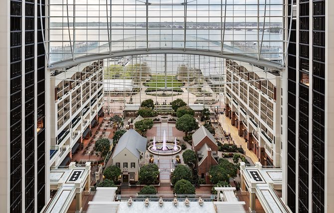 Gaylord National atrium view overlooking Potomac River