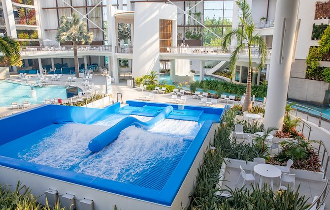 FlowRider and Indoor attractions at SoundWaves in Nashville, TN