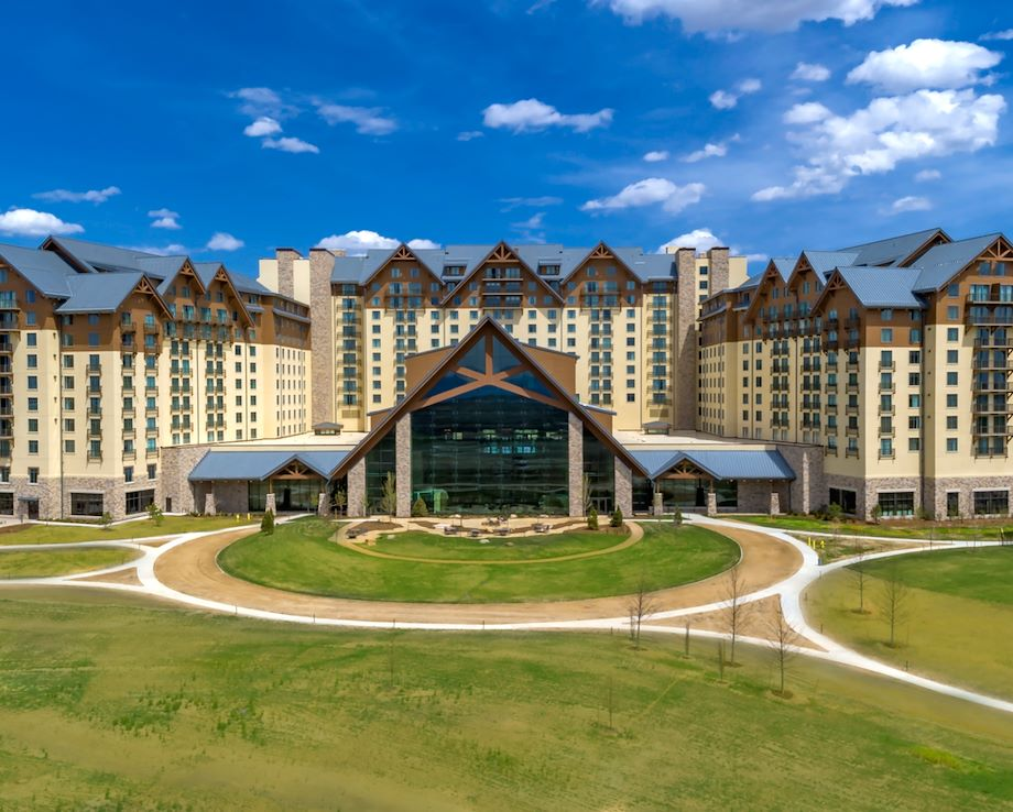Gaylord Rockies in Aurora, Co Exterior View