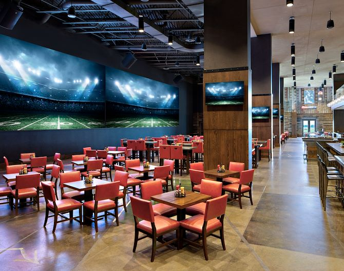 Mountain Pass Sports Bar Dining area at Gaylord Rockies Resort