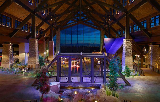 Grand Lodge at Gaylord Rockies