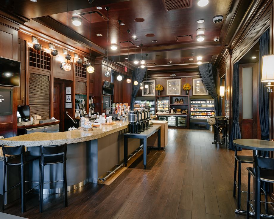 Starbucks Café / Library Bar