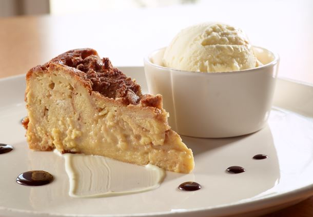 Commons - Bananas Cream Bread Pudding
