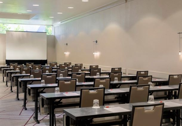 Dunwoody Meeting Room - Classroom Setup