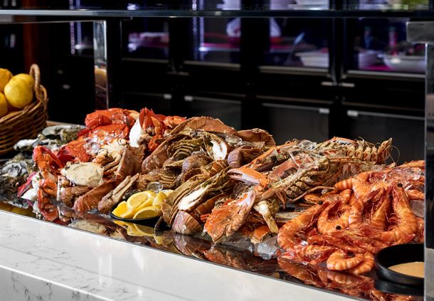 Motion Dining - Seafood Buffet