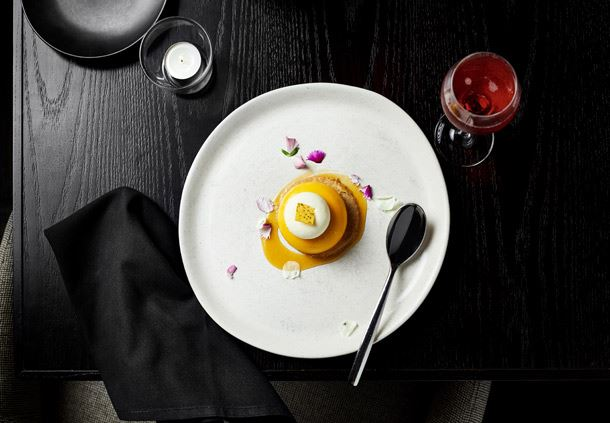 Motion Dining - Mango Dessert
