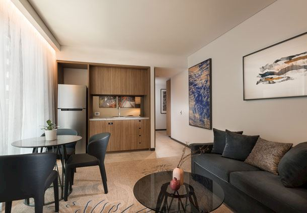 Westin Suite Lounge