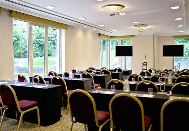 Lisbon Conference Room