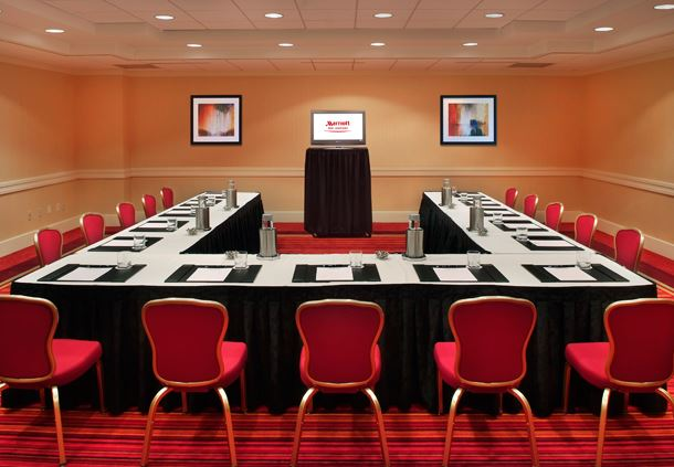 U - Shape Meeting Room