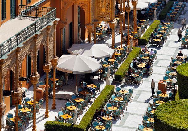 Promenade Café in the Garden