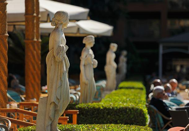 Garden Promenade Café and Palace
