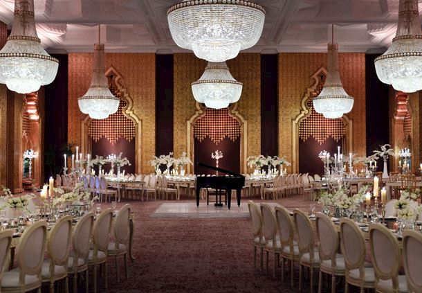 Palatial Wedding Room With Chandeliers