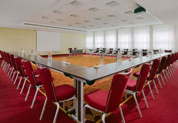 Studio 10 Meeting Room