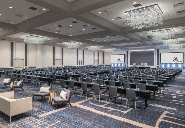 Halstead Meeting Room - Banquet Setup