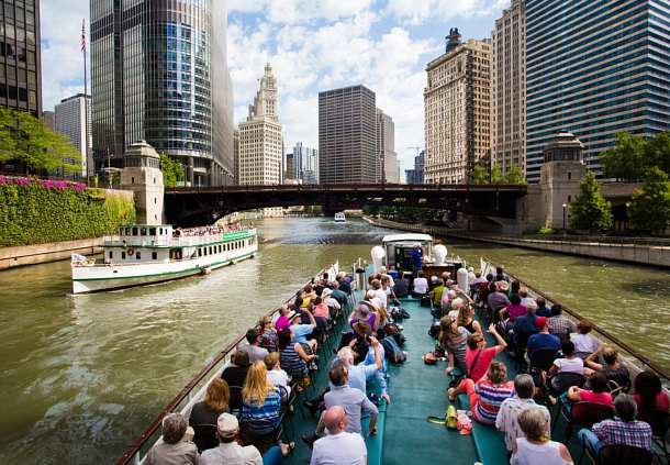 Riverboat Tour in Chicago