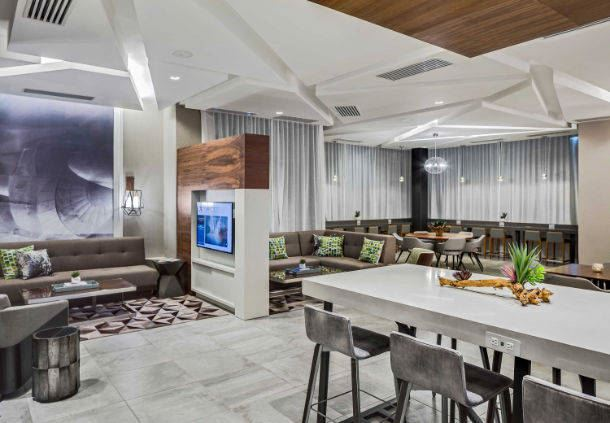 MClub Lounge - Seating Area