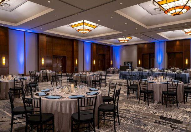 Oakdale Ballroom - Social Setup