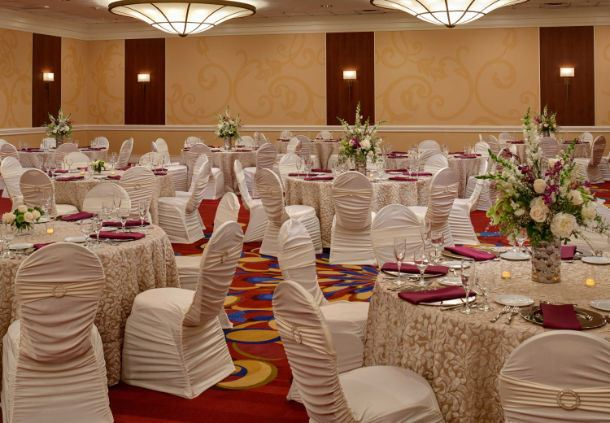 Grand Ballroom - Wedding Rounds Setup