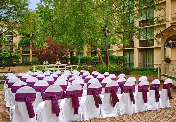 Outdoor Courtyard - Wedding Setup