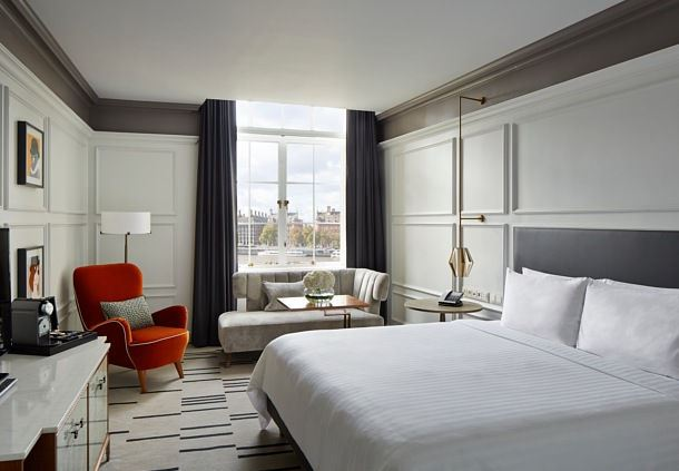 尊享大床客房——泰晤士河景