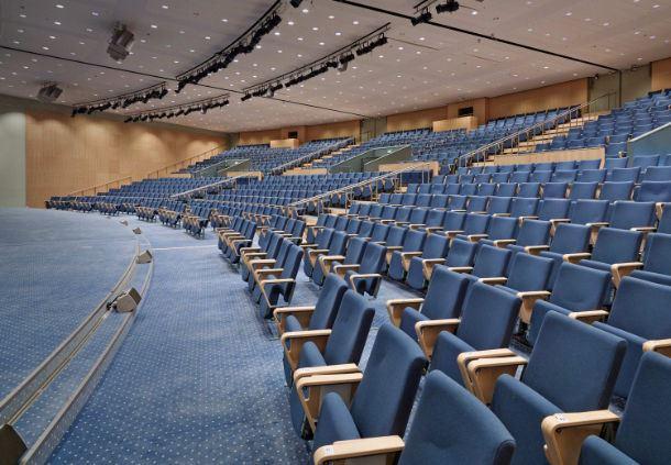 Auditorium 10+11+12