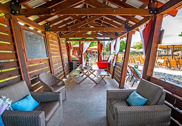 Party Cabana at Paradise Springs