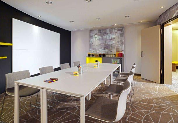 Studio 1 Meetingraum
