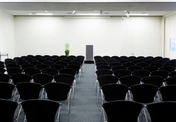 Meetingraum 18+19 - Theaterbestuhlung
