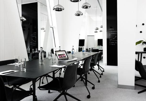 Meetingraum 172 - Boardroom-Aufbau