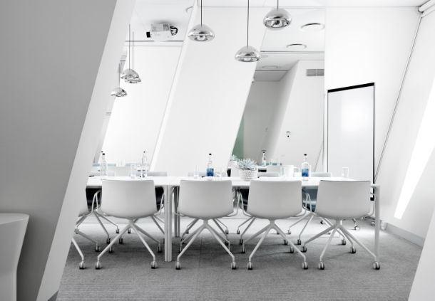 Meetingraum 140 - Boardroom-Aufbau