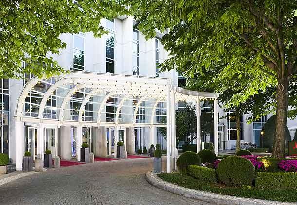 Ansichten des Hotels - Eingang