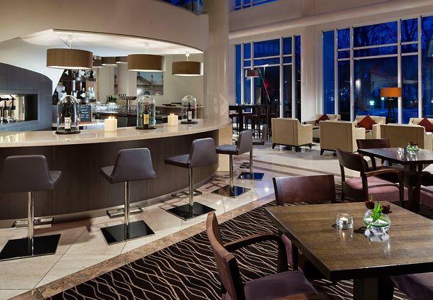 lounge93 Café & Bar