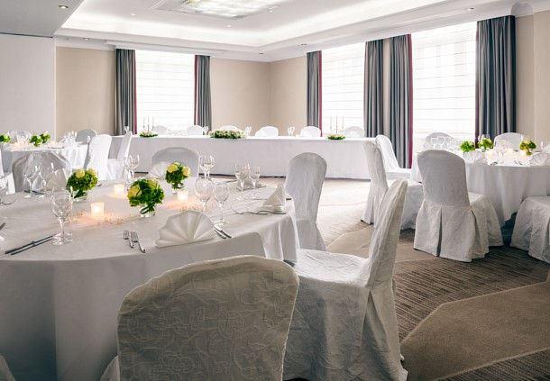 Hochzeiten - Ballsaal Hochzeitsbestuhlung