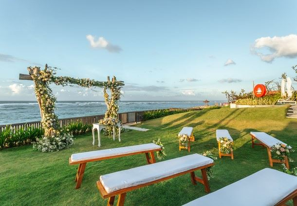 Roosterfish Beach Club - Wedding Ceremony