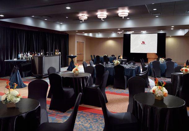 Council Bluffs & Cedar Rapids Room - Banquet Setup