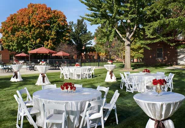 Fairlane Lawn - Outdoor Wedding Reception
