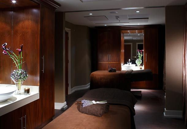 The Spa - Couples Massage Room