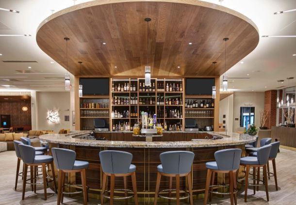 Shoreline Bar