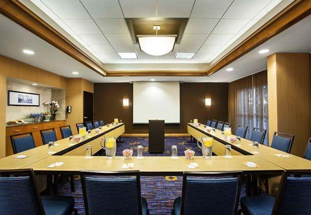 Sala de conferencias en Aventura