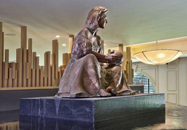 Escultura del lobby del Villahermosa Marriott Hotel
