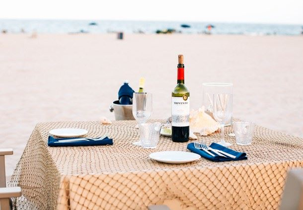 Sea Level Restaurant and Ocean Bar - Oceanfront Dining