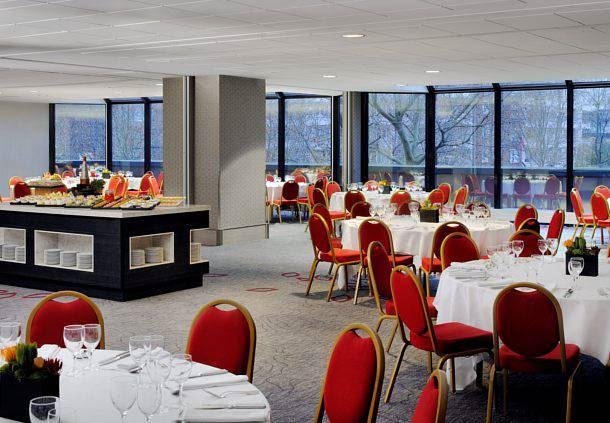 Les espaces Loft en mise en place Banquet.