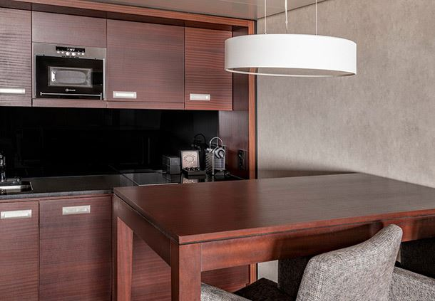Club Suite - Dining Area