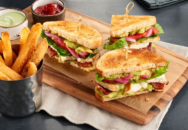 BLT Sandwich with Chicken and Dressing
