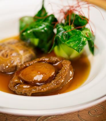 Abalone & Mushroom in Oyster Sauce
